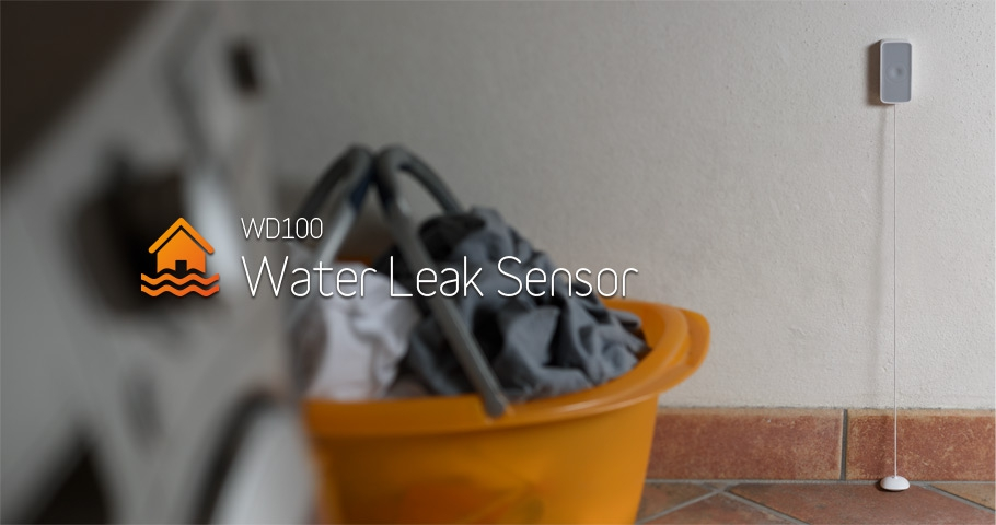 Water leak / flood sensor